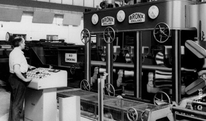 Bronx tube straightening machine